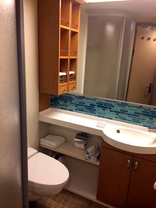A Look Inside Interior Cabin 10425 On Royal Caribbean S